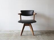 腰に優しい椅子 回転式
