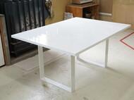 特注ダイニングテーブル 白色鏡面仕上げ スチール脚(ホワイト)