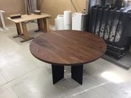 円形ダイニングテーブル ウォールナット無垢 スチール脚
