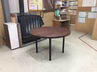 特注円形ダイニングテーブル ウォールナット無垢 スチール脚 札幌市南区 M様