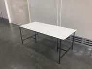 セラミックテーブル / pipa / white