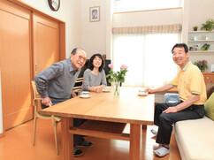 江別市 M様邸 特注棚付きダイニングテーブル 総ナラ無垢