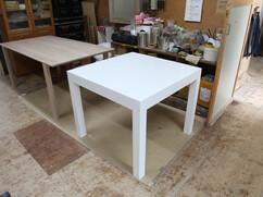 特注テーブル 引き出し収納付き 白色鏡面仕上げ W900 D900 H740mm