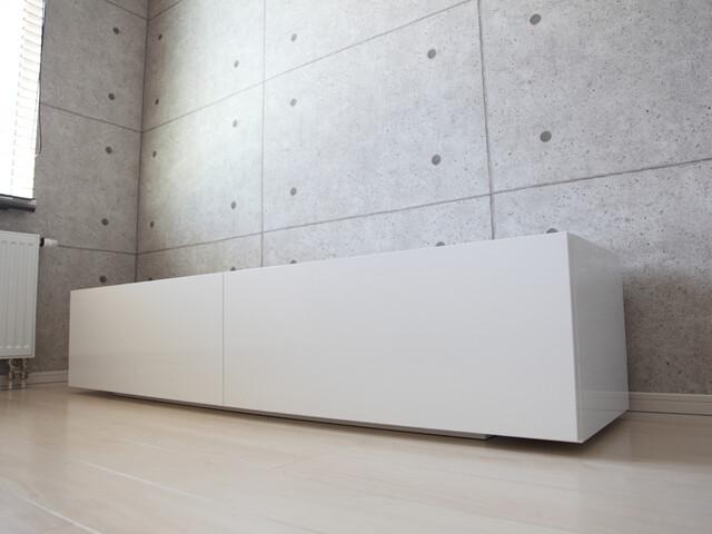 テレビボード 白.JPG
