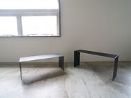 スチールのローテーブル