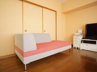 3Pカウチ + 3Pアームレス 生地 : アネルカ 白とピンクのサンドイッチ 札幌市中央区 H様