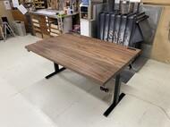昇降式テーブル / ウォールナット無垢